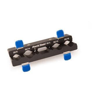 Park Tool AV-5 Axelhållare Smart tillbehör till ditt skruvstäd